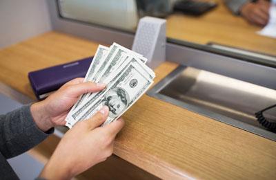 Как правильно выбрать вклад в банке и заработать на процентах?